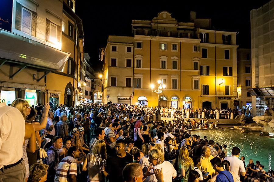 Картинки по запросу Рима и много туристов